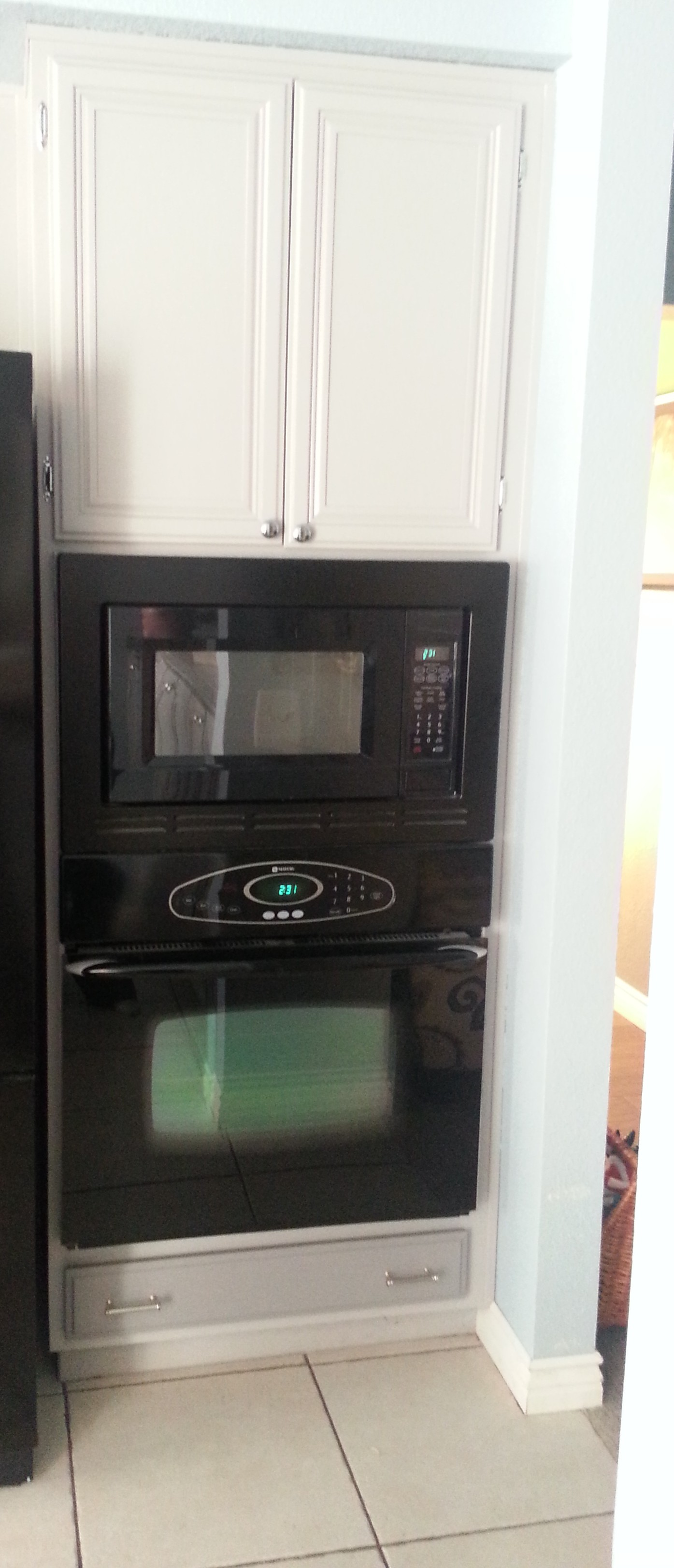 Oven and Microwave Wall