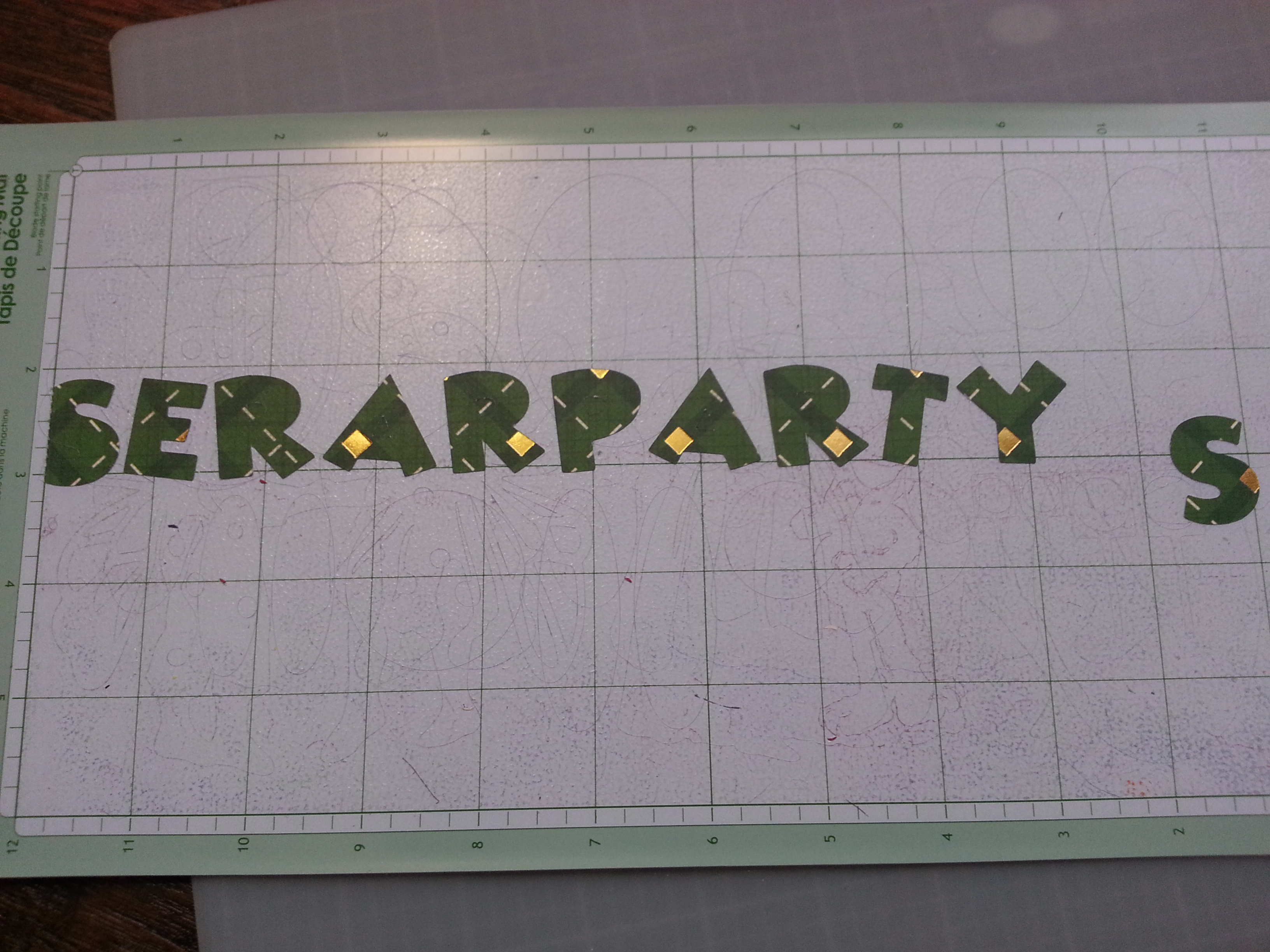 Cricut Letters after cut out www.wifemomhouseohmy.com