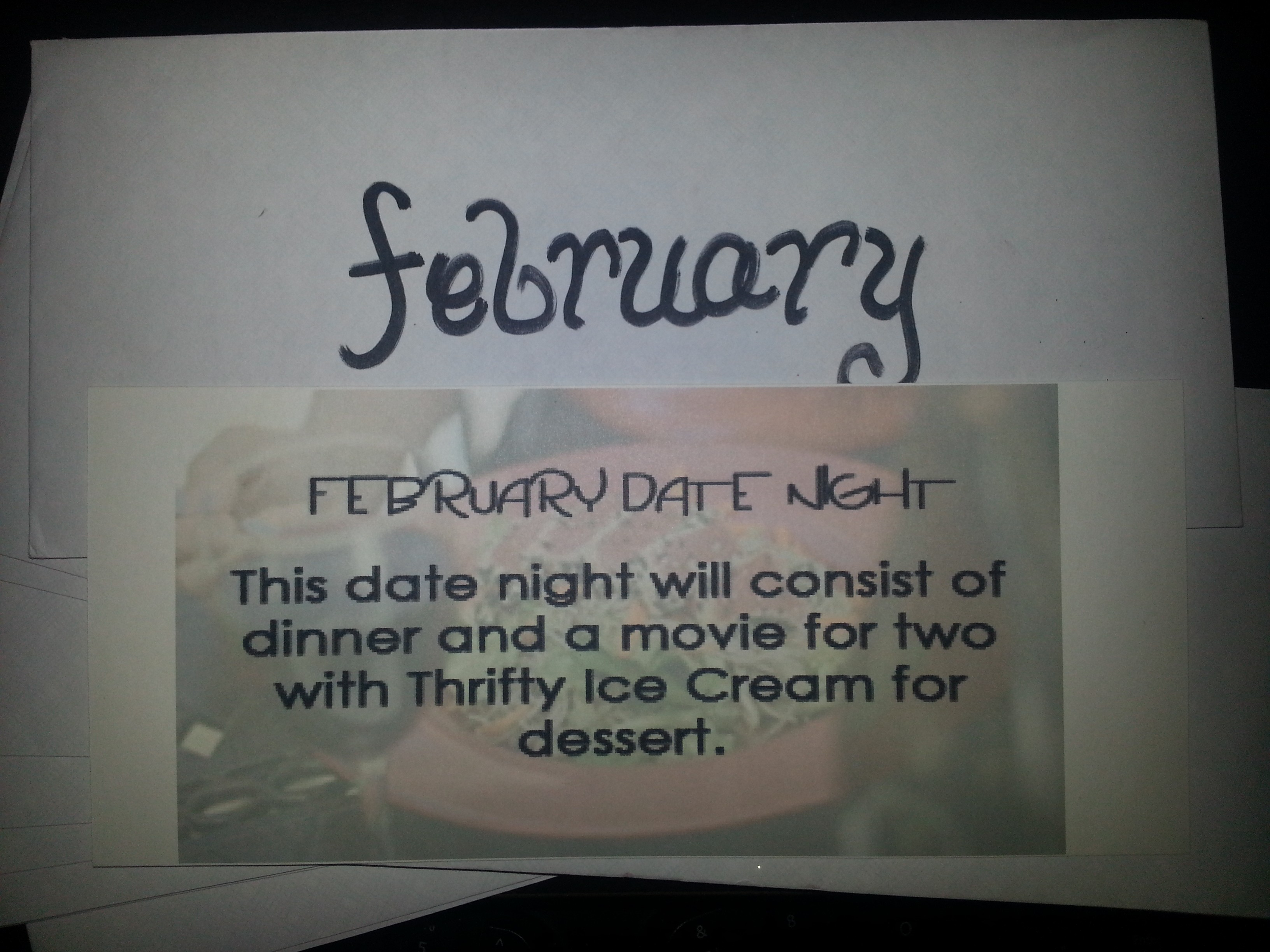 A Year of Dates gift for your husband www.wifemomhouseohmy.com