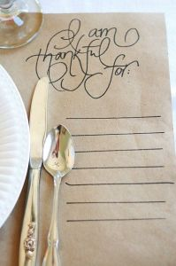 Thanksgiving Placemat www.wifemomhouseohmy.com