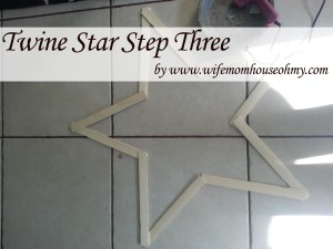 Twine Star Step three www.wifemomhouseohmy.com