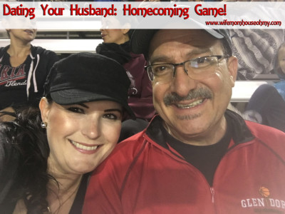 Dating Your Husband: Homecoming Game www.wifemomhouseohmy.com